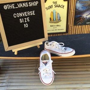 Converse All Star Canvas Low Top Sneakers Size 10
